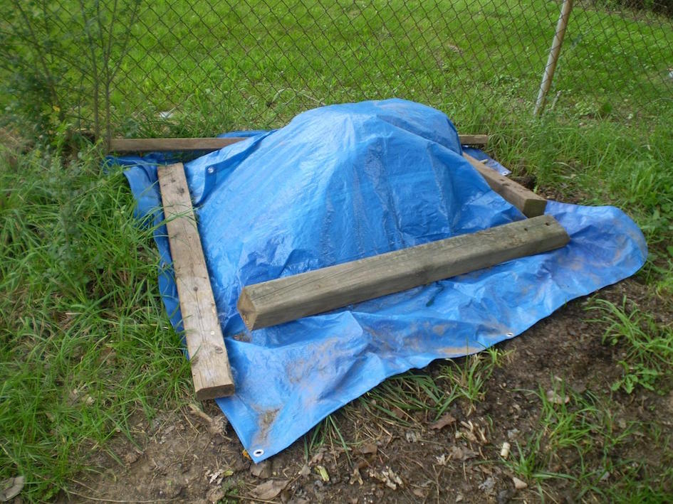 Winter Composting Cover Compost with Tarp